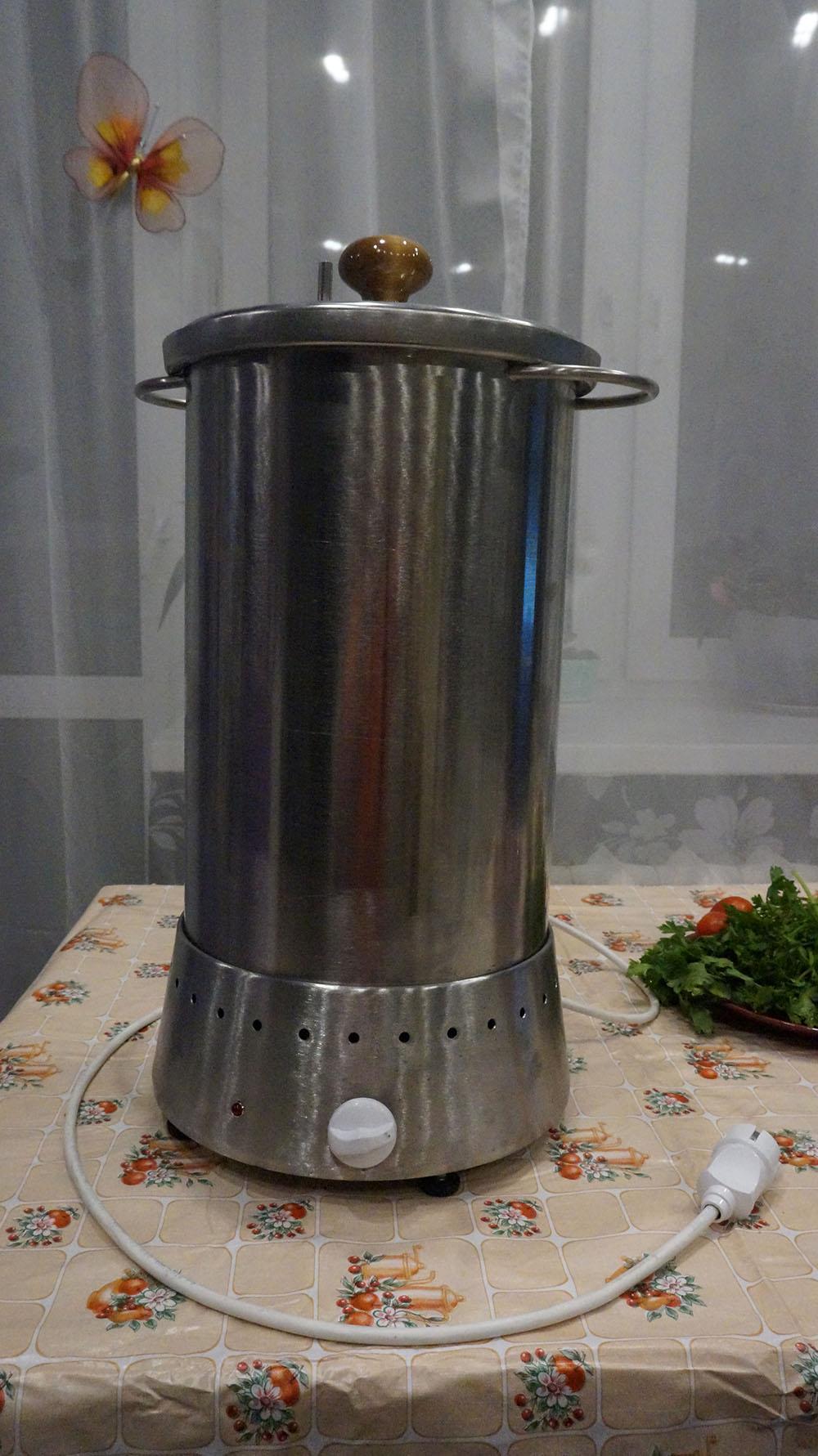Компактное устройство для горячего способа копчения