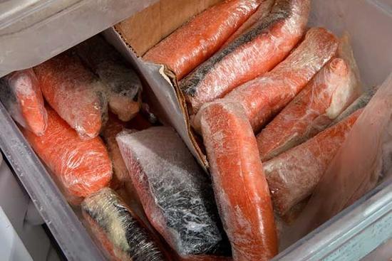 Хранение рыбы горячего копчения
